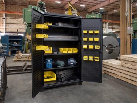 Vidmar Heavy Duty Cabinet (8) Crop640