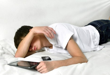 Teenagers Who Dont Get Enough Sleep At >> Helping Teens Get Enough Sleep Sleep Review